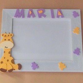 MARCO DE FOTOS JIRAFA  #Marco de #fotos blanco personalizado con el nombre del #bebe en goma eva. Ideal para #regalo.   Medidas de la foto: 15 X 10 cm Precio: 10€ #Paralospeques