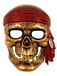 Super flot pirat maske med dødningehoved i guld farve. Rigtig flot pirat maske til børn til deres pirat udklædning til fest, fastelavn og leg.