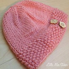 Adorable baby hat pattern! It's free too! #knitting #baby