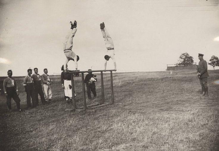 Ćwiczenia atletyczne oficerów sił powietrznych armii Cesarstwa Niemieckiego, 1917 rok