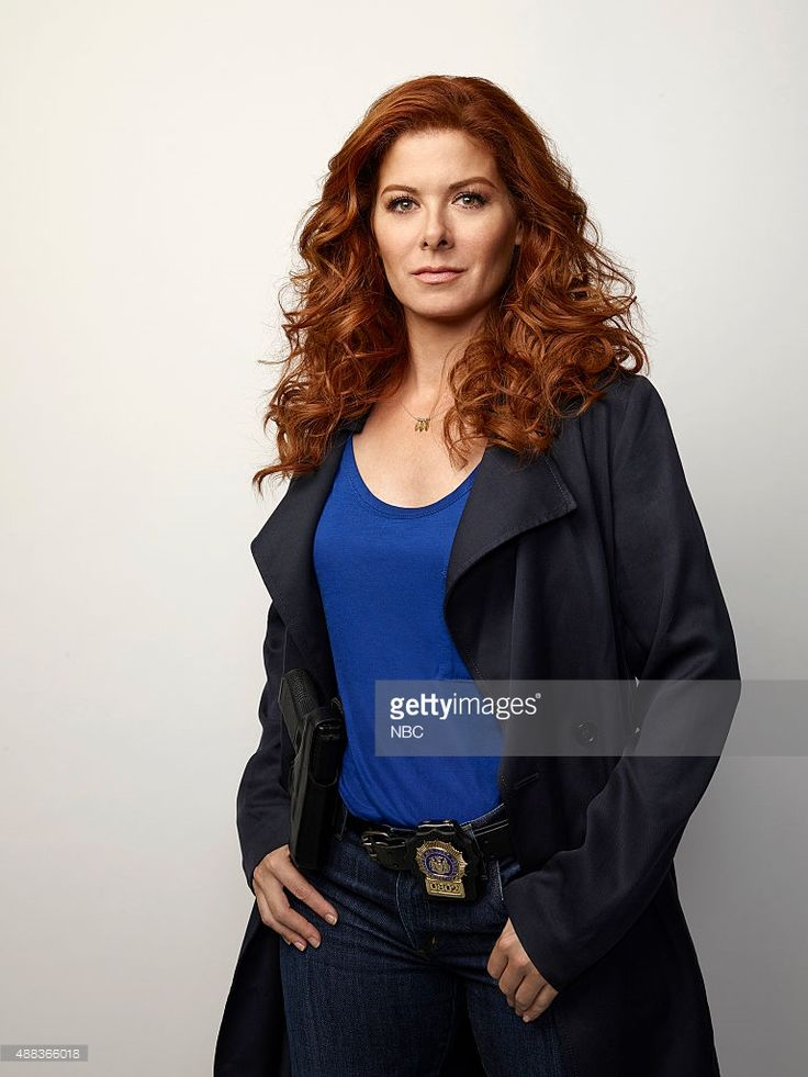 Debra Messing as Laura Diamond --