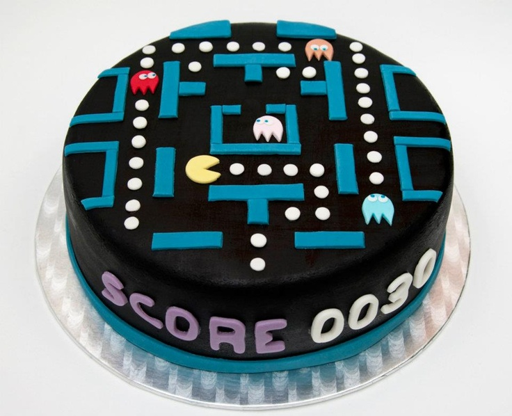 Pacman cake...This needs to happen for someones birthday...I NEED SOMEONE TO HAVE A BIRTHDAY ASAP
