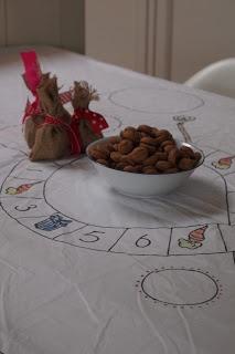 Sinterklaas Ganzenbord + spelregels | http://ffkoekeloere.blogspot.nl/2010/11/het-wordt-een-heerlijk-avondje.html