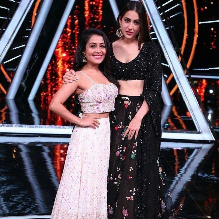 Neha Kakkar And Sara Ali Khan Pose For A Beautiful Picture On The Sets Of Indian Idol Follow Instantbollyw Neha Kakkar Dresses Sara Ali Khan Neha Kakkar