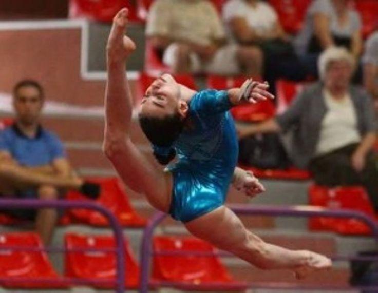 Gimnastica artistică arădeană dă, o sportivă la lotul naţional de senioare, sub îndrumarea antrenorilor coordonatori Nicolae Forminte şi Lili Cosma!
