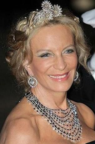 Princess Michael of Kent wearing the Argyll Diamond Daisies as a tiara