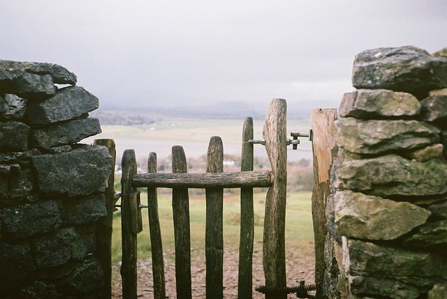 Arnside, north-west England: Doors, Beaches Fence, Stones Wall, Wooden Gates, Modern Gardens Design, Gardens Gates, Stones Fence, Beaches Houses, The Sea