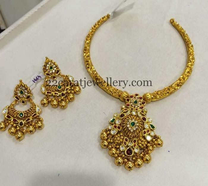 Jewellery Designs: Exclusive Antique Set by Musaddilal