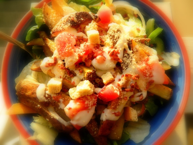 Fresh and Savory French Fry SaladOlive Oil, Medium Potatoes, Carrots Curls, Tablespoon Olive, Salad Ingredients, Salad Fresh, Fresh Spinach, Favorite Herbs, Bacon Bit