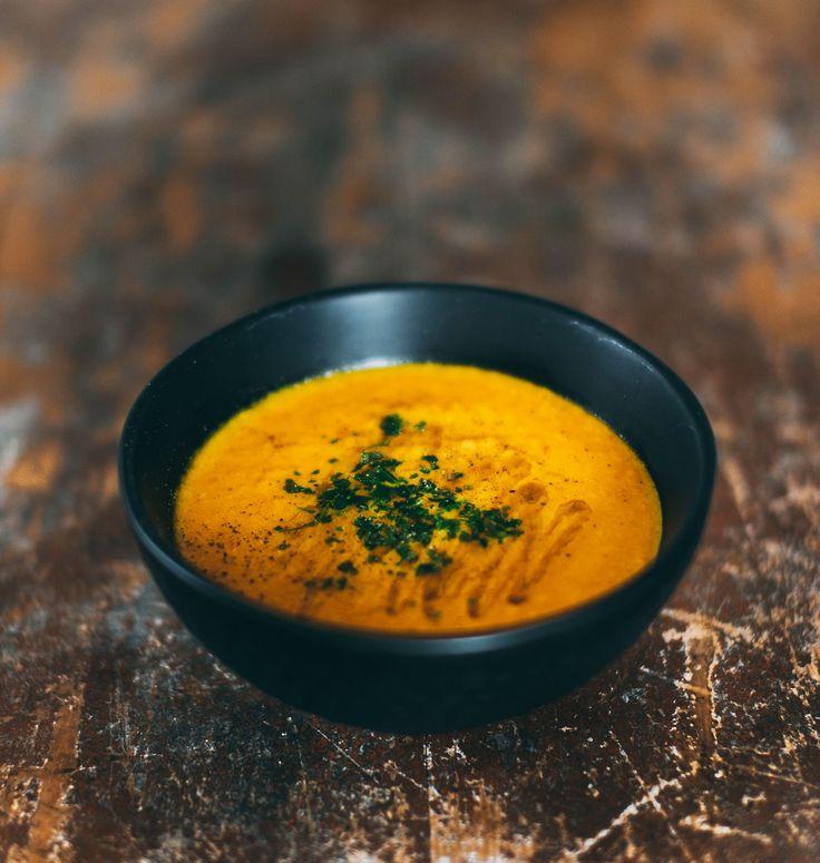 morotssoppa med ingefära, kokosmjölk och lime (soppa)