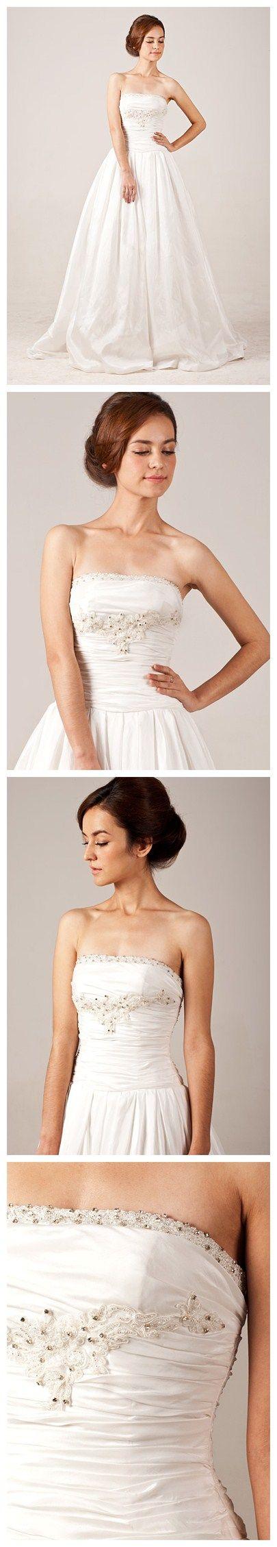 Elegant Strapless Taffeta Ruffle Beading Wedding Dress