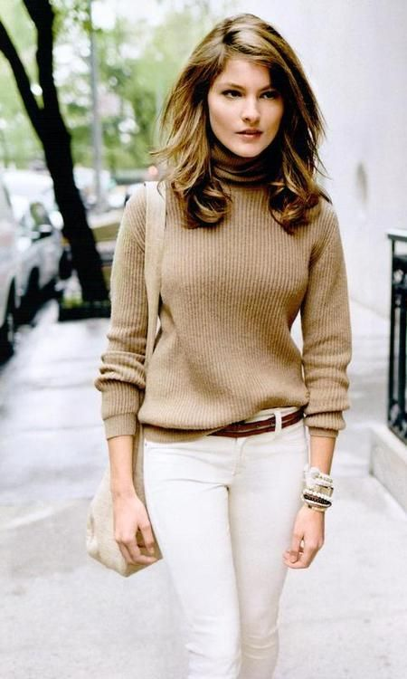 When it comes to sweaters, the turtleneck sweaters are the rising star of the upcoming 2015 winter.
