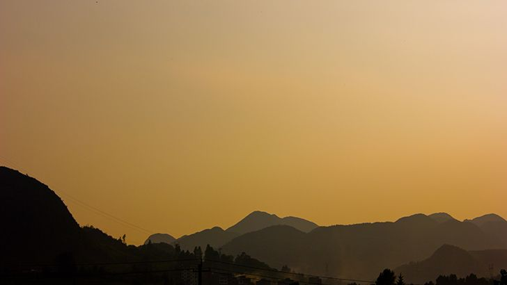 Yellow sky over mountains  http://5kwallpapers.com/wall/yellow-sky-over-mountains  #nature #mountains #sunset #sky #yellow