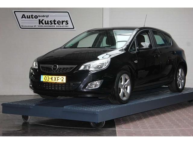 Opel Astra 1.6 Edition 5 deurs trekhaak - Overzicht - Auto Trader