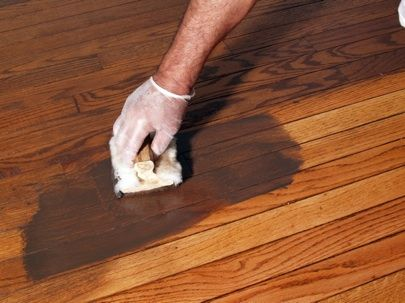 -Refinishing-Wood-Flooring-Applying Stain