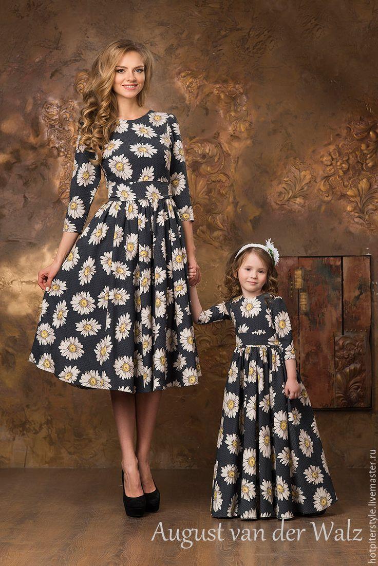 """Купить """"Мамина Дочка"""" - Family Look - Платье для Мамы - серый, рисунок, деловое платье, силуэт"""