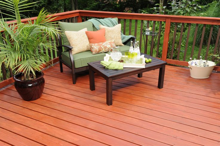 Redwood Deck Stain with Teak furniture