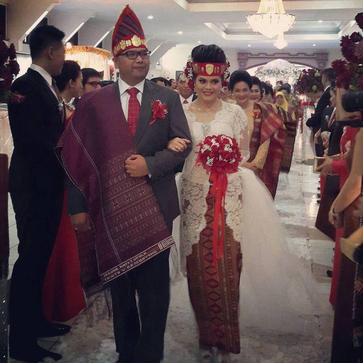 Traditional bataknese wedding. Cikhita and Ari.