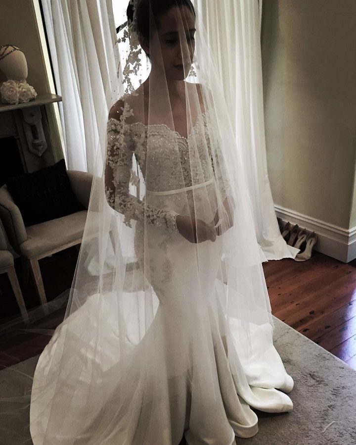 Leah Da Gloria mermaid wedding dress - Mermaid gowns have a timeless trendiness, and we are showcasing an even more niche trend