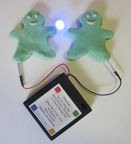 """What happens when you combine play dough and electronics? In the """"Electric Play Dough Project 1: Make Your Play Dough Light Up, Buzz, and Move! """" #science project, students make conductive and insulating play dough and explore squishy circuity as they learn how to integrate LEDs, buzzers, and more. [Source: Science Buddies, http://www.sciencebuddies.org/science-fair-projects/project_ideas/Elec_p073.shtml?from=Pinterest] #STEM #scienceproject"""