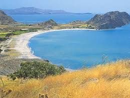 There are romantic travel vacation packages which include these areas for you and your partner to enjoy. You can check out skivacationpackages.co.uk to find the best package for you. Be sure to bring everything you need for this travel. Just keep in mind to enjoy the sun and beaches too. See you in Lemnos!  Places to Visit in Lemnos, Greece 1. Ancient Poliochni.  2. Ancient Ifestia.  3. Medieval Castle.  4. Thanos Beach.  5. Myrina Town.