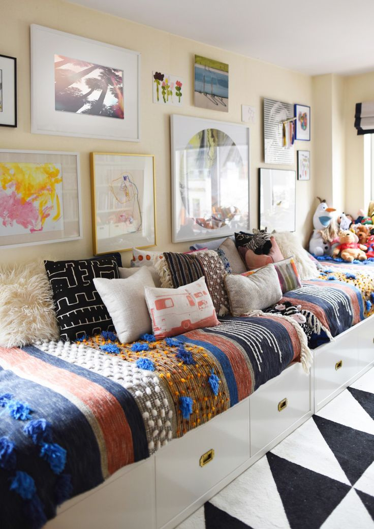 25 Best Ideas About Family Bed On Pinterest Tiny Guest House Cabin Beds For Boys And Beach