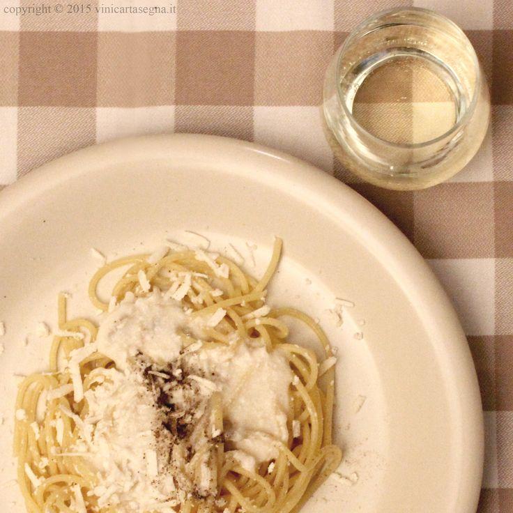 #Spaghetti al #vino bianco di #Gavi e #robiola. Ricetta completa qui http://www.vinicartasegna.it/spaghetti-al-vino-bianco-di-gavi-e-robiola/