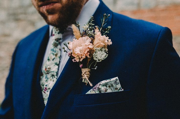 Liberty's print Wild Flowers has been a big favourite this year for weddings - groom's tie - wedding tie - pocket square           Buttonhole Groom Style Woodland Lavender Spring Country Wedding http://www.carlablainphotography.co.uk/