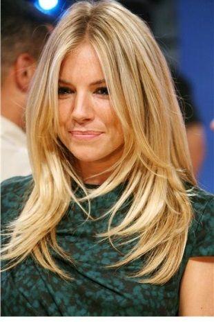 As mulheres sempre estão renovando o visual e para isso quase sempre elas mexem nos cabelos. Em 2014 os cortes de cabelos poderão ser encontrados para todos os comprimentos, pois os cortes modernos ficarão perfeitos em cabelos curtos, médios e longos. Os cabelos longos são lindos e nunca saem da moda e para as mulheres …