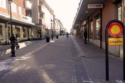 Nya frisörer och salonger i Piteå.  http://www.harfrisyrer.se/nya-frisorsalonger-och-frisorer-pitea/
