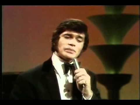 Tom Jones - You'll Never Walk Alone.mpg - YouTube
