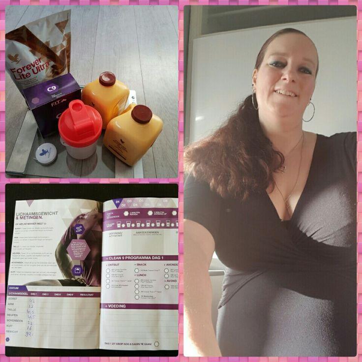 En dan is het vandaag toch echt zover: ik ben begonnen met de C9!   Mijn doelen zijn: beter in mijn vel zitten, gezonder leven en de restanten van 3 zwangerschappen wegwerken.   # #forever #fit #lekkerinjevelzitten #dagzwangerschapskilos #gezondheid #gezonderleven