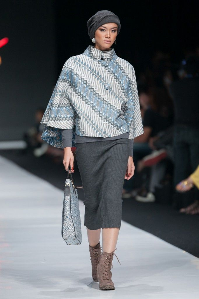 JFW 2014 – Sarinah, Modern in Heritage (Galeri Batik Jawa) | The Actual Style