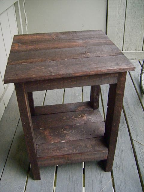 Side Table made out of pallets with instructions  Make for the back patio94 best Furniture Projects images on Pinterest   Woodwork  . Patio Side Table Woodworking Plans. Home Design Ideas
