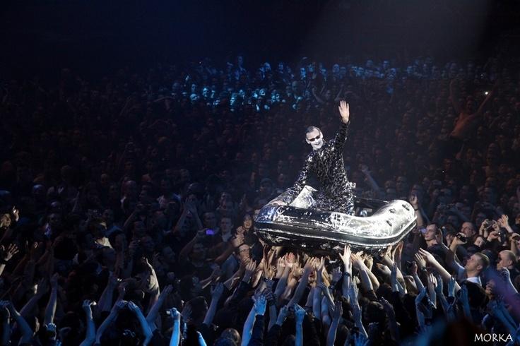 Rammstein, 2012-03-07 (Bercy, Paris, France), Haifisch.  #concert #live #crowd http://www.morka.fr
