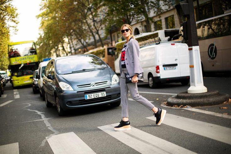 Nos inspiramos en este look de la estilista Martha Graeff y os enseñamos nuestra propuesta!  PANTALÓN > http://www.colettemoda.com/producto/pantalon-espiga/  #colettepalencia #moda #estilo #paris