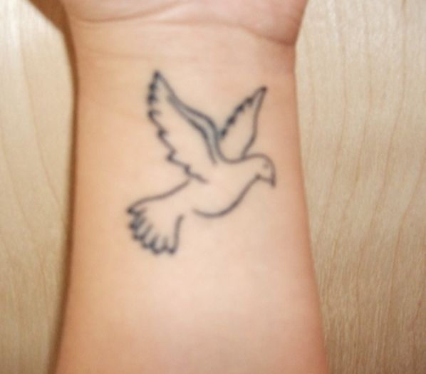 Small Inner Wrist Tattoos Birds: 18 Best Small Feminine Dove Tattoos Images On Pinterest