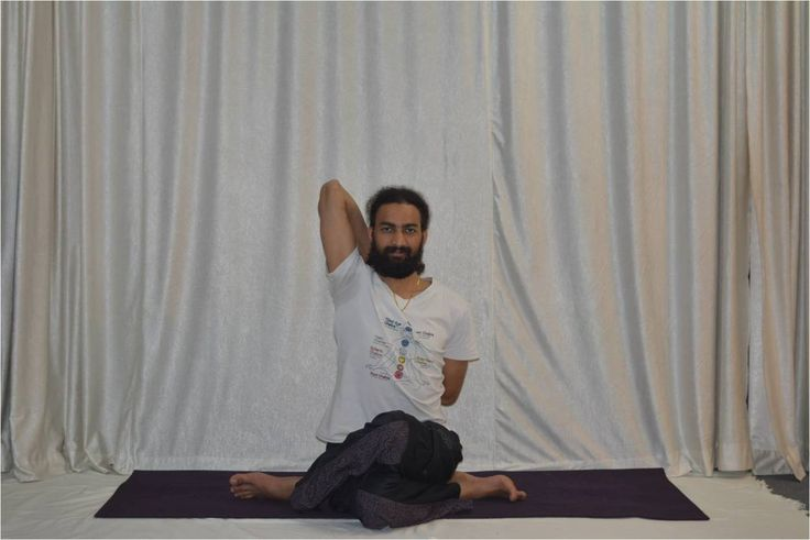 Om Shanti Om Yoga School, the real Hatha Yoga in Rishikesh provide 100, 200, 300 and 500 hours Teacher Training Courses and regular classes.
