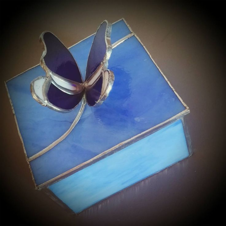 Cofanetto in vetro tecnica Tiffany
