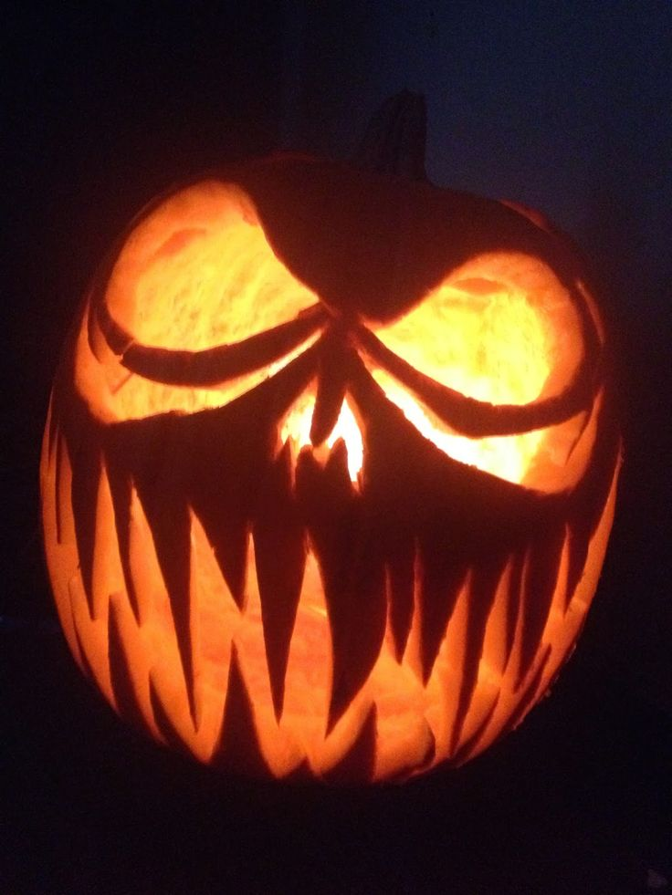 Pumpkin Carving Ideas For Some Clic Y Carvings Find This Pin And More On Jack O Lantern