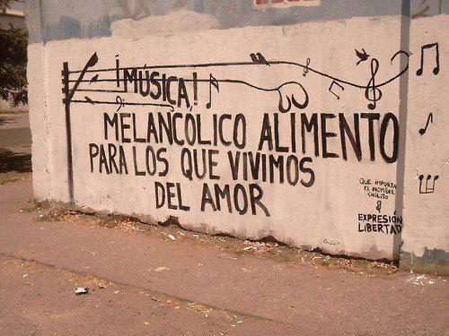 Música...