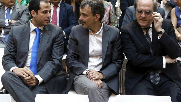 La Oposición del PP en Madrid vacía cajones con una auditoría antes de las generales. Noticias de Madrid. Ciudadanos, PSOE y Podemos han constituido por primera vez en un Parlamento autonómico una comisión que investigue los casos de corrupción en la Comunidad a sólo unos meses de las elecciones