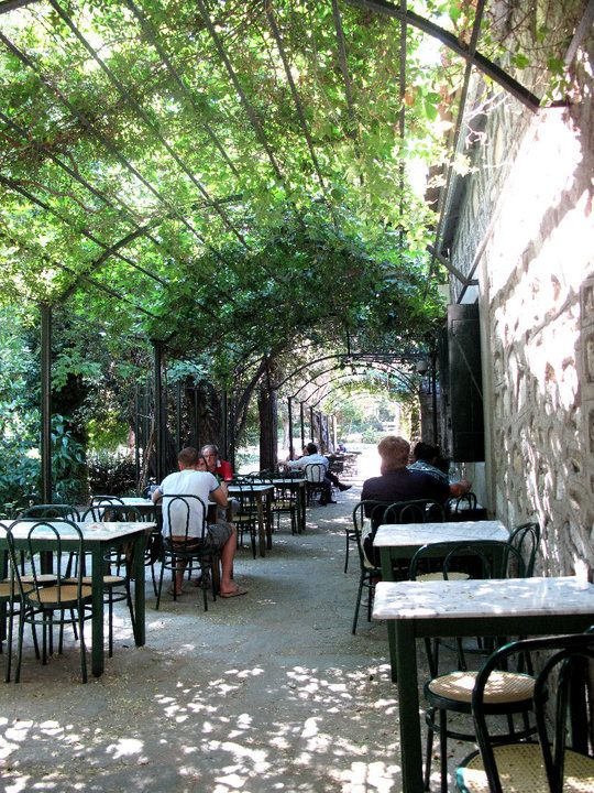 Outdoor garden cafe images galleries for Garden cafe designs