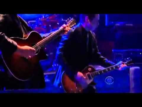 LED ZEPPELIN KENNEDY CENTER HONORS 2012  - HEART sings Stairway To Heaven. Robert Plant, Jimmy Page and John Paul Jones get teary eyed. John Bonham's son, Jason Bonham on drums. Awesome performance!!!!