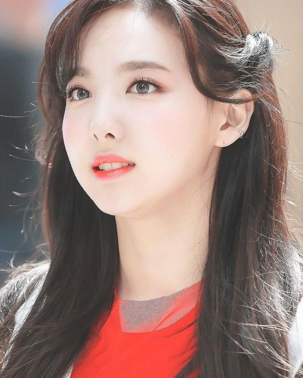 Grace Camerom S Answer To Do You Think I Can Become A K Pop Idol Quora Nayeon Twice Nayeon Asian Beauty