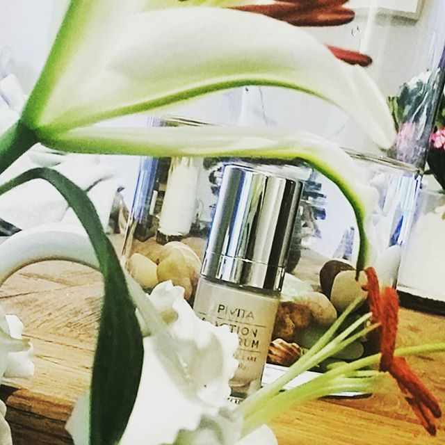 we just see white lilies everywhere! New #eye #serum with miraculous #whitelily for intensive care of the eye area! 1 serum - 5 amazing actions to erase all signs of fatigue and time from your eyes! #APIVITA #naturalproducts #cosmetics #beauty