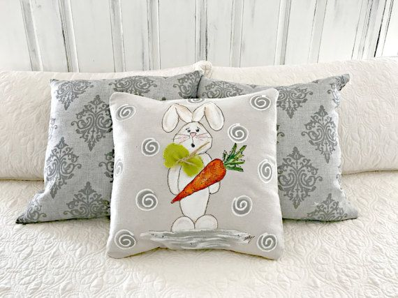 Carrot Toting Bunny, Easter, Spring/Summer/ Indoor/Outdoor, Hand-painted, Handmade Pillow Cover Great pillow cover to add to your Easter holiday decorations. Pillow cover is hand-painted and is signed by the artisan. Pillow cover is made of 100% cotton medium-weight canvas fabric. Easy