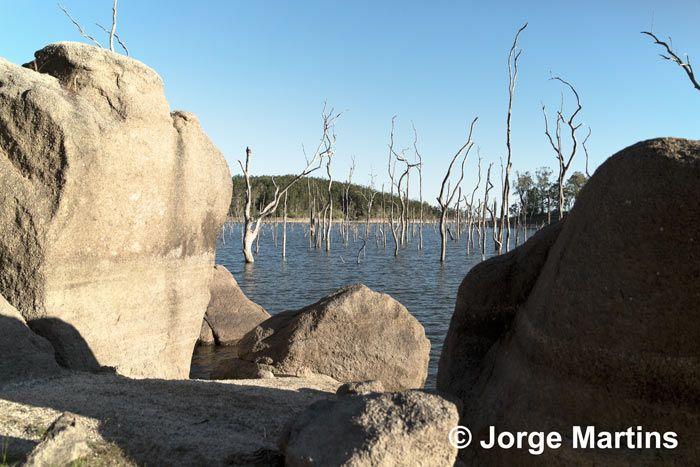 Lake Tinaroo, Atherton Tablelands, Tropical North Queensland, Australia http://www.yourtrails.com.au/