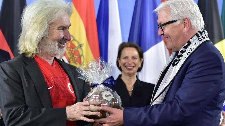 Reaktion auf Bundestags-Beschluss | Türkei zieht Botschafter aus Berlin ab - Politik Inland - Bild.de