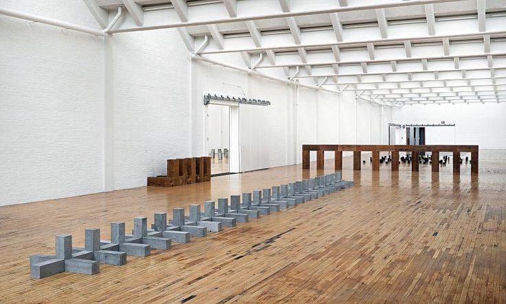 239 besten skulptur bildhauerei bilder auf pinterest for Minimal art eine kritische retrospektive